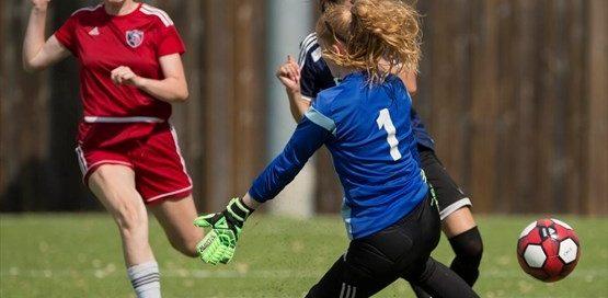 cwossa-girls-soccer-3-May-2018